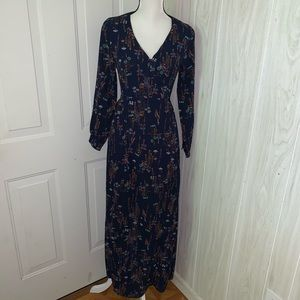 NWOT Everly Maxi Long Sleeve Dress